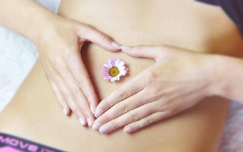 Naturkosmetik, Anti-aging Produkte, Cannapur uvm. online kaufen von Dr. Juchheim. Natürliche Ernährung, Beauty und Pflege